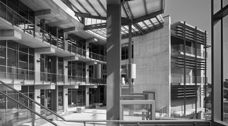 The building's immense use of concrete in its structure also helps to keep the building cool during the day. The design team looked at the regional use of concrete in building such famed facilities, such as the Salk Institute, and saw the concrete as a sustainable, local material that could help reduce the life-cycle cost of the building.