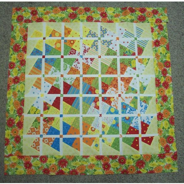 Free Twisted Pinwheel Quilt Pattern : 213 best images about quilts lil twister patterns on Pinterest Perler beads, Quilting patterns ...