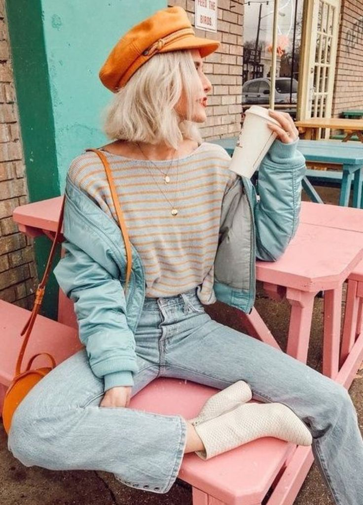 Weiße Schuhe + Mütze + runde Tasche Orange + Denim + Streifen + mehrere – Damenschmuck blog
