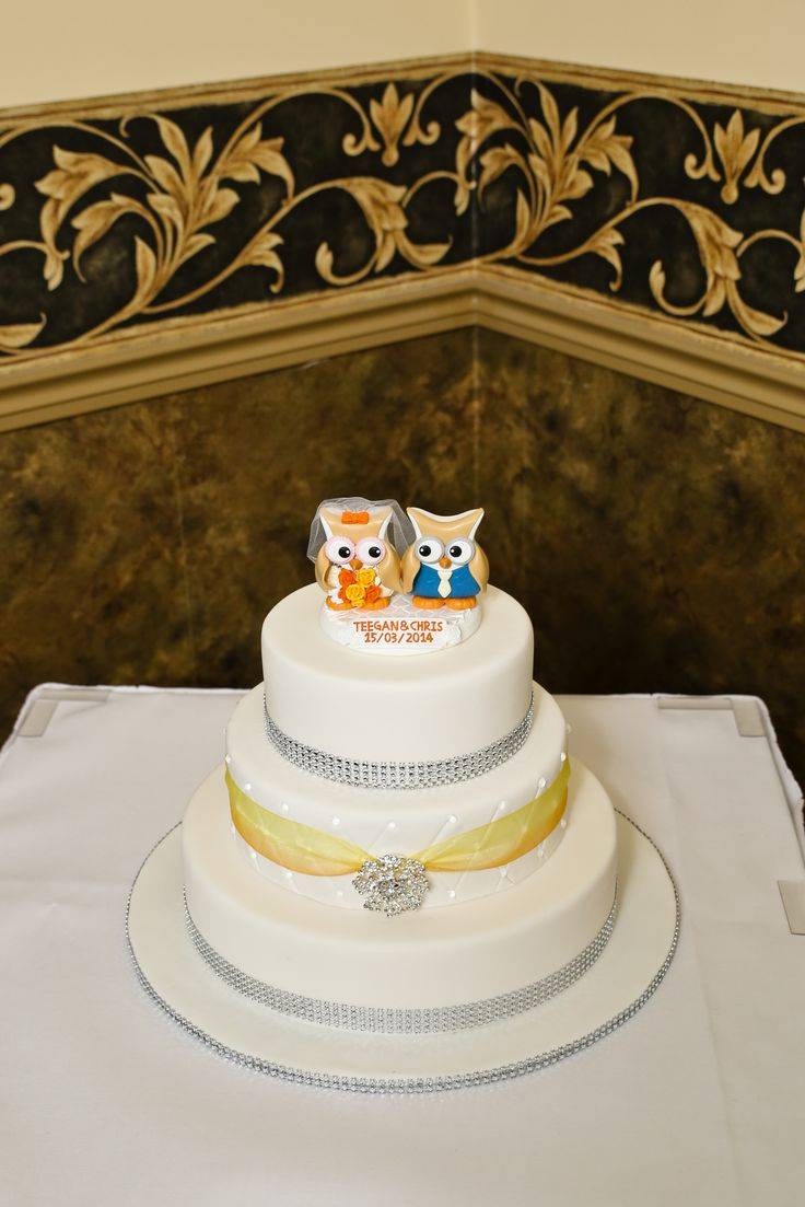 The owl cake topper sent from America to Australia hand crafted from clay. From Etsy