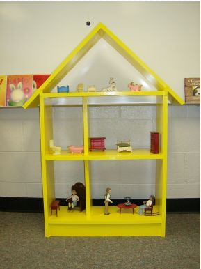 play therapy doll house - I would like to see one for a hospital setting. Not sure if it exists yet.