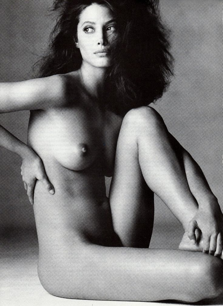☆ Christy Turlington | Photography by Irving Penn | For Vogue Magazine US | January 1994 www.workshopexperience.com
