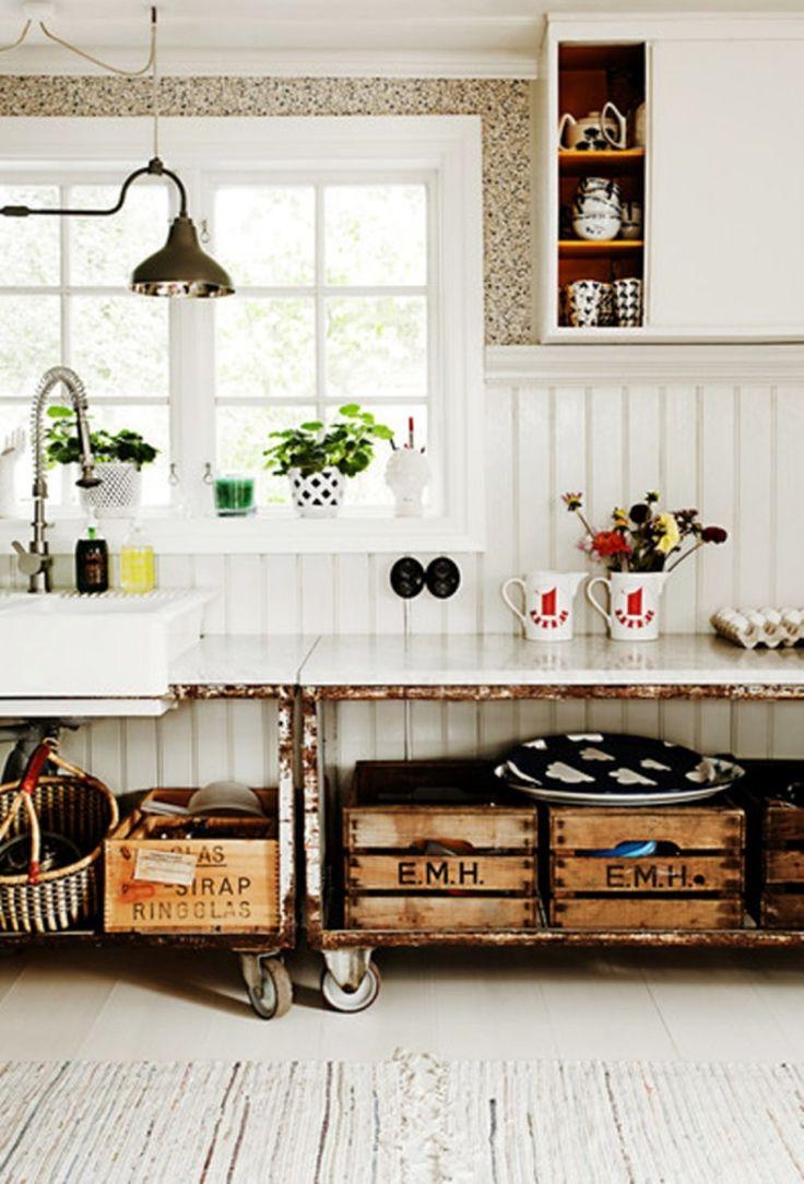 5 manieren om vintage houten kratten te gebruiken in de keuken - Roomed | roomed.nl