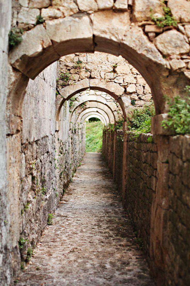 Abbazia di San Liberatore a Majella, Serramonacesca, Pescara, Abruzzo