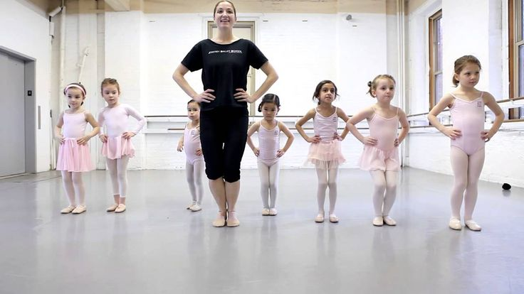 Joffrey Ballet School NYC Pre Ballet 1 Class, for Ages 5-6 - The Childre...