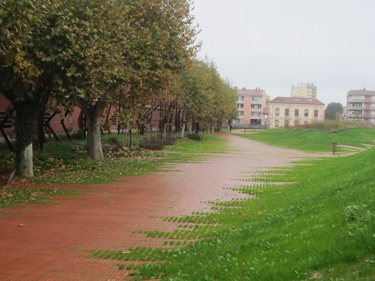 Flexbrick jardin niel toulouse france by agence for Agence urbanisme toulouse