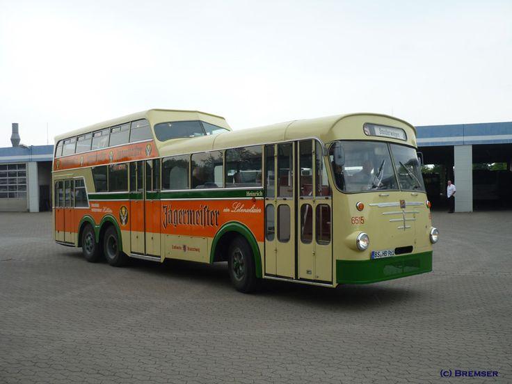 die besten 25 doppeldecker bus ideen auf pinterest london bus big ben london und vintage london. Black Bedroom Furniture Sets. Home Design Ideas