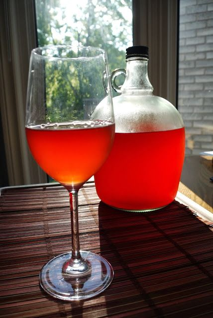 The Hong Kong Kitchen in Canada: How to make our homemade Strawberry Wine in a jar ...
