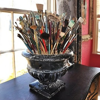 A perfect centerpiece for the artist.