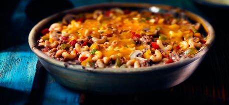 -    Mac 'n Cheeseburger Casserole -    www.cookwithcampbells.ca