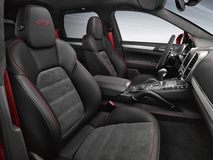 Le nouveau Porsche Cayenne GTS sera officiellement présenté au Salon de Los Angeles 2014 et adoptera un V6 3.6 l biturbo à la puissance de 440 chevaux et au couple de 600 Nm.