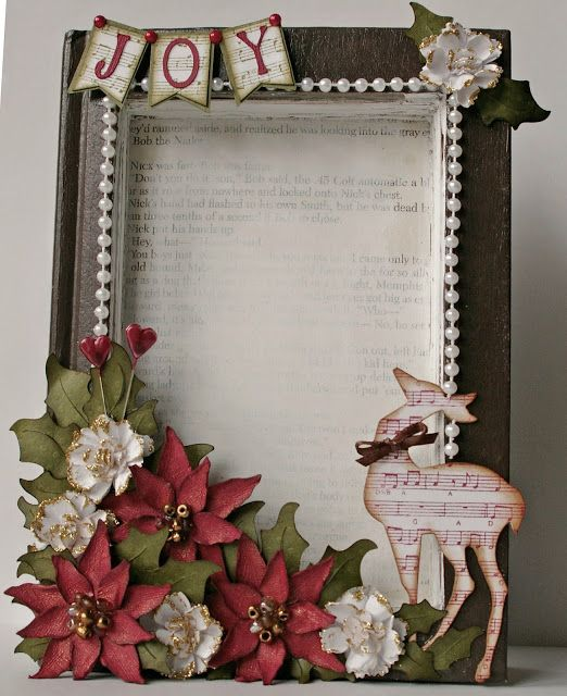Michelle's Scrap bits: Recycled Book Christmas Frame with Tutorials - many close-up photos #tutorial