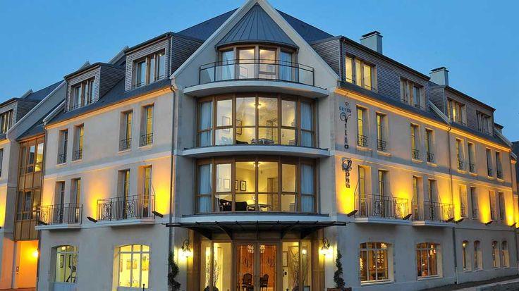 Hotel Villa Lara located in Bayeux, France http://www.hotel-villalara.com/en/index.php#/index.php