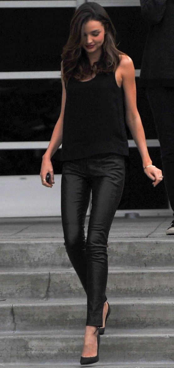 Simply Chic in all black.