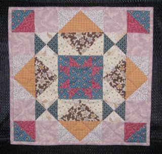 Luv 2 Stitch Abundance quilt