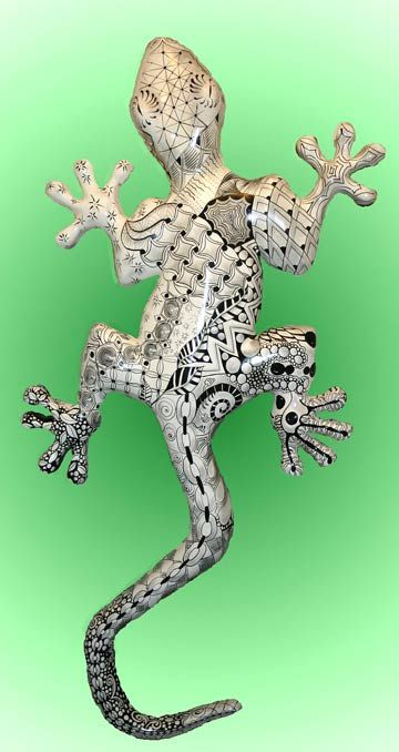 Zentangle Gecko  This delightful treat appeared in our email recently. Isn't it awesome? Looks like this was fun. Thanks, Patsy!