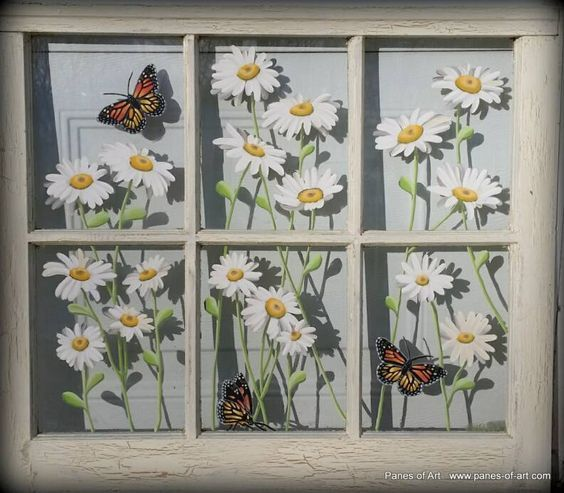 Panes of Art titled: Daisy III. by Michele L. Mueller Details available at www.panes-of-art.com