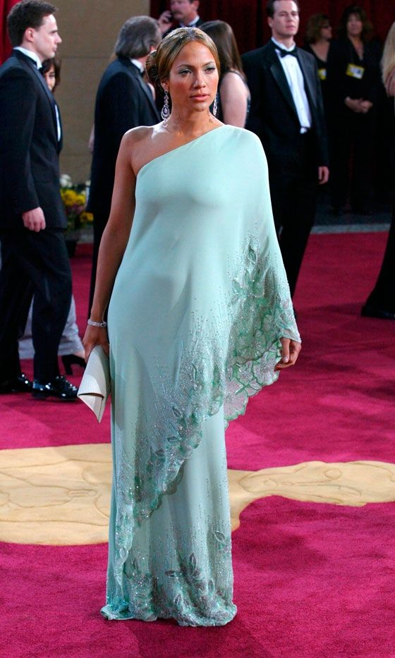 Jennifer Lopez Looks Statuesque In A Mint Valentino Dress At The Oscars, 2003