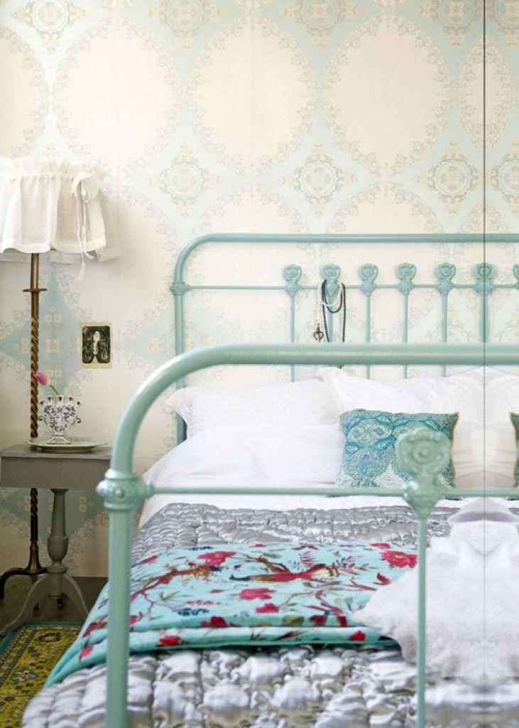 De slaapkamer romantisch inrichten voor extra romantiek! Makeover.nl