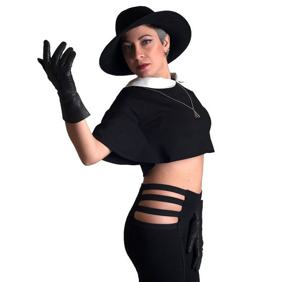 Black crop top white collar bat sleeves tee goth by Sclothing