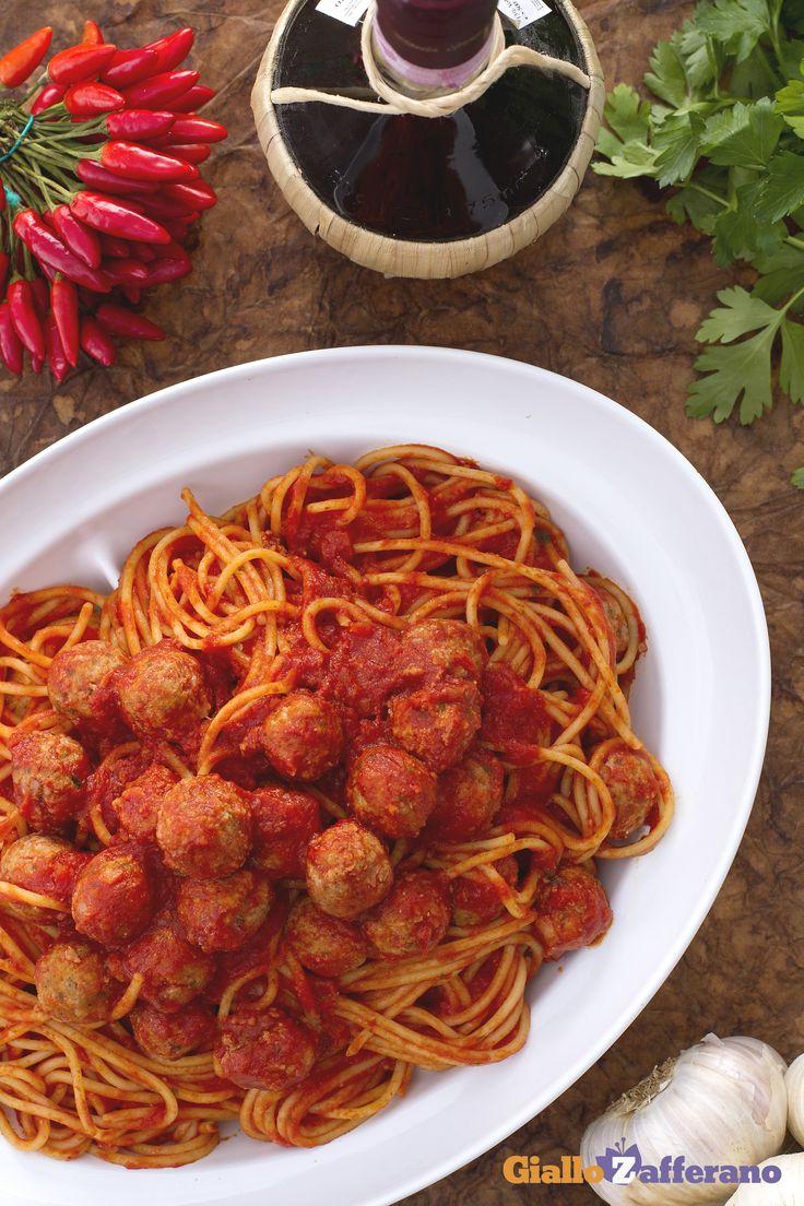 Gli spaghetti con le polpettine (spaghetti meatballs)