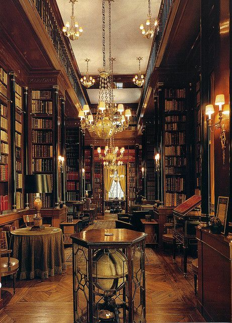 bluepueblo:  Library, Edinburgh, Scotland photo via wil  Lovely
