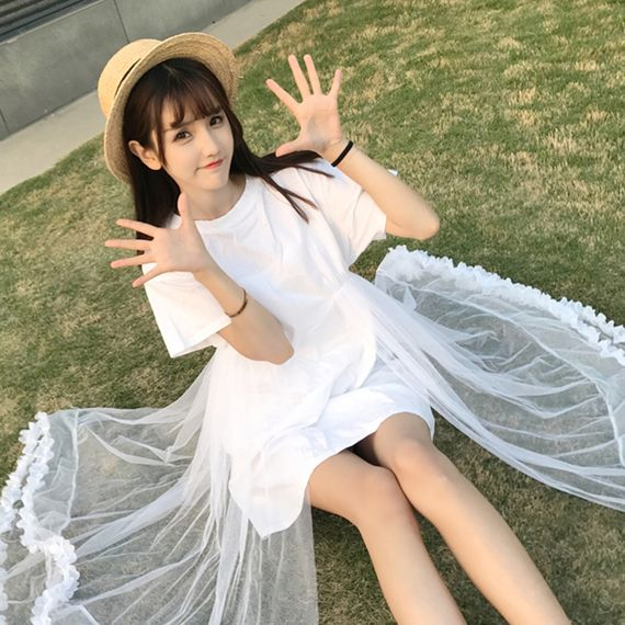 새로운 도착 느슨한 얇은 솔리드 컬러 스티치 그물 원사 드레스 여성의 여름 2017 새로운 야생 꽃 꽃잎 요정 스커트