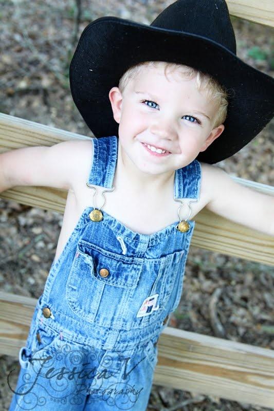 little country boyNike Dunks, Little Country Boys, Country Blue, Baby Boys, Blue Eyes, Beautiful Eye, Little Boys, Boys Baby, Pretty Eyes