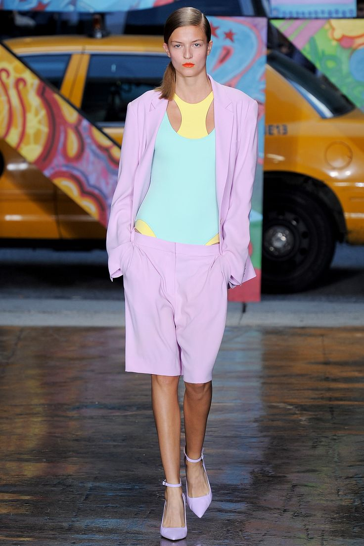 DKNY Spring 2014 Ready-to-Wear Collection Photos - Vogue
