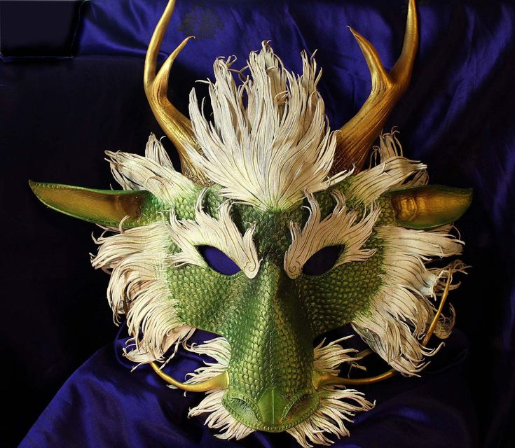 Japanese Dragon Mask Dang if only I was ric...
