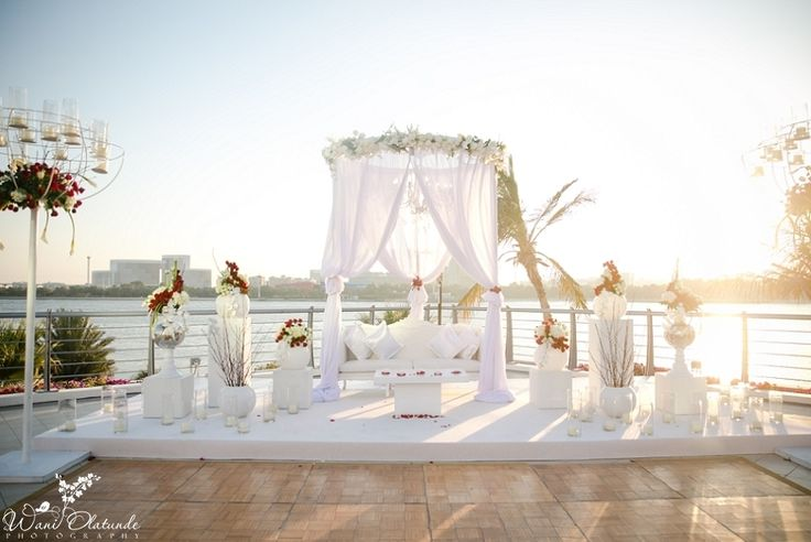 Elegant Outdoor Dubai Wedding by Wani Olatunde Photography » KnotsVilla
