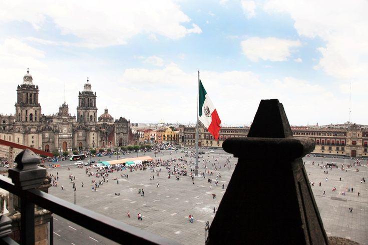 De paseo por el Centro Histórico de la Ciudad de México - http://revista.pricetravel.com.mx/lugares-turisticos-de-mexico/2017/01/25/de-paseo-por-el-centro-historico-de-la-ciudad-de-mexico/