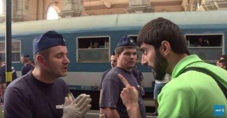 keleti pályaudvar menekültek - Google keresés