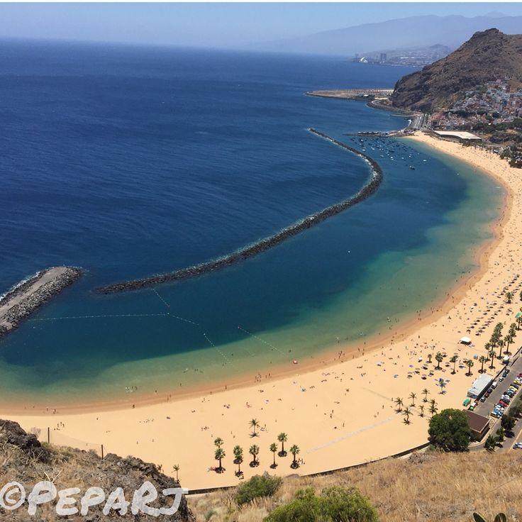Playa de Las Teresitas en Santa Cruz de Tenerife, Islas Canarias