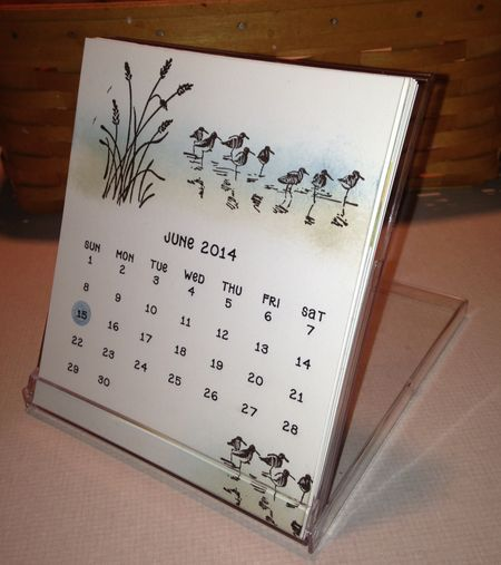 It's 2015 CD Calendar Time! Check out these templates for a 2015 calendar that fits inside special calendar style CD cases.