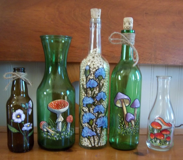 1000 images about hand painted bottles and vases on for Hand painted bottles