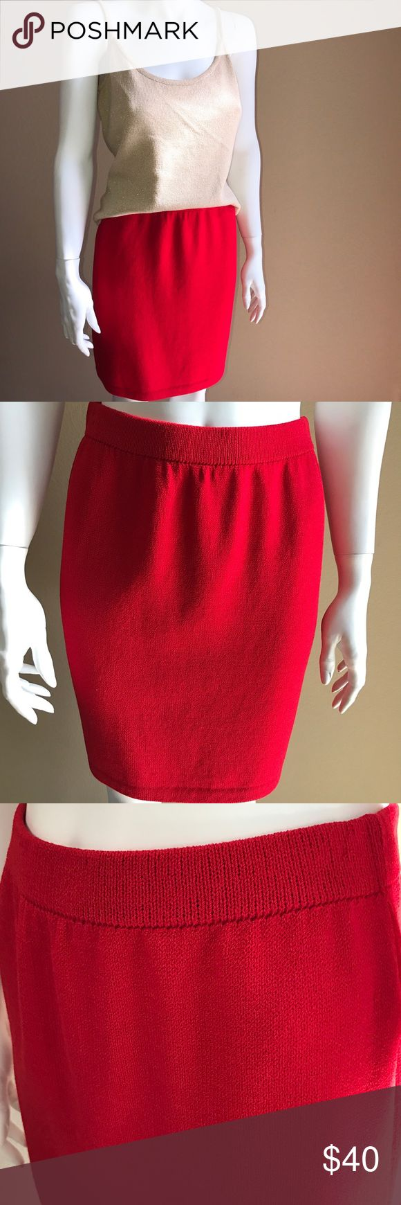ST.JOHN collection Mary Gray red pencil skirt 4 Great condition. Valentine/Christmas red St. John Skirts Mini