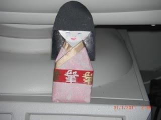 Kokeshi doll magnet