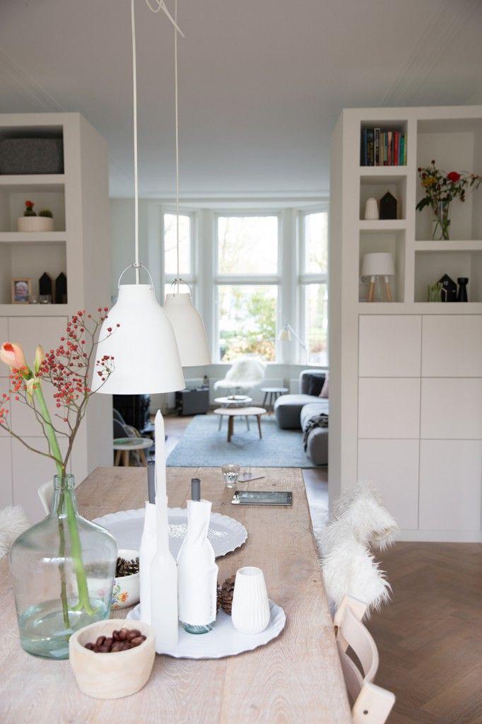 Moderne en-suite kast (tussen woonkamer en keuken)
