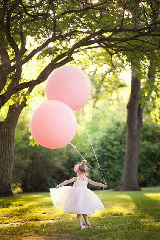 The Party Wagon - Blog - BEAUTIFUL BALLERINA BIRTHDAY PARTY @Jen Zebley we NEED a picture like this of Kennedy!!