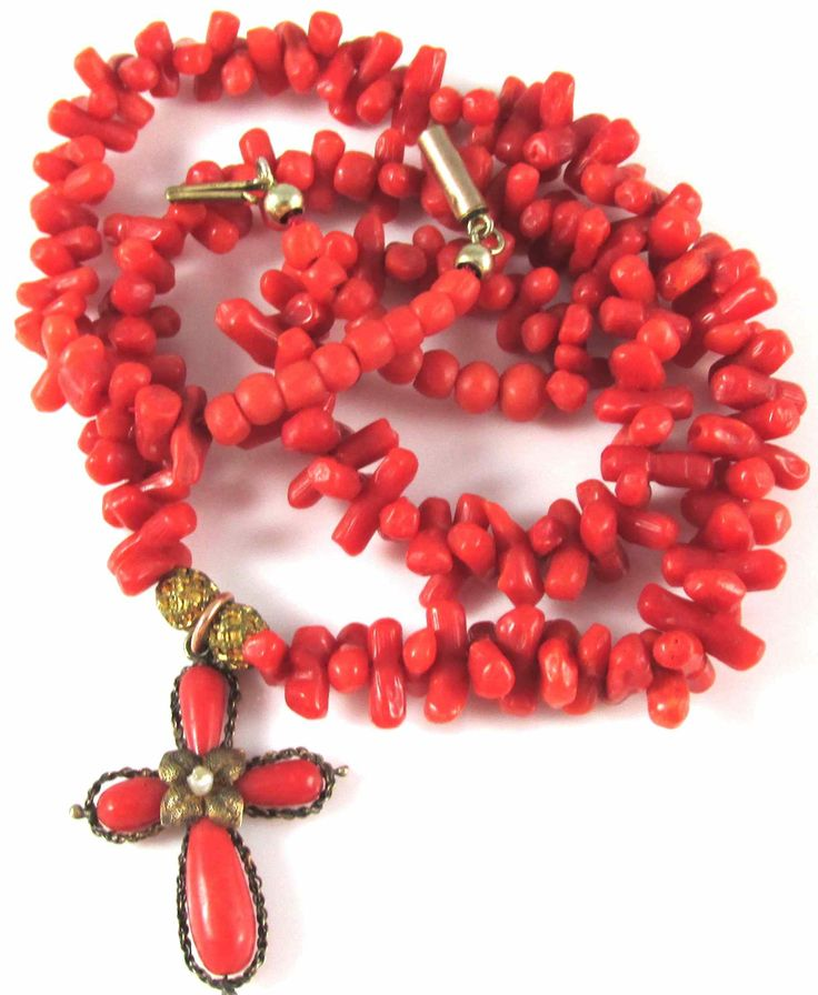 c1800 Roller Pin Coral Collar with Coral Crucifix with Seed Pearl Accent