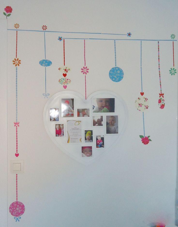 DIY decoratie kinderkamer stickers aan de muur met pendels en harten ...