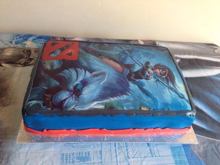 Dota cake