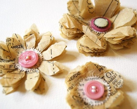 Pattern flowers: Books Pages, Buttons Flowers, Pattern Paper, Cute Ideas, Paper Flowers, Patterns Paper, Pattern Flower, Patterns Flowers, Dresses Patterns