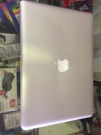 MacBook Pro North Riding - image 1