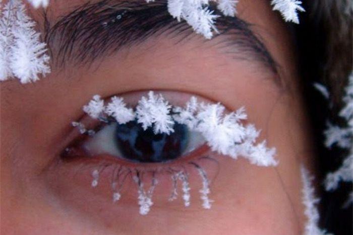 снежинка на губах картинка