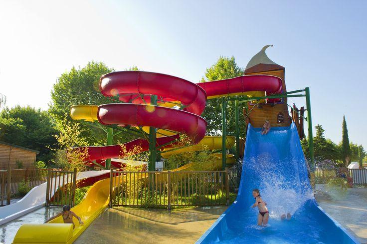 Les 25 meilleures id es de la cat gorie camping piscine for Centre de vacances avec piscine couverte
