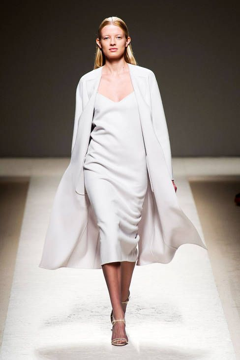 Max Mara Spring 2014 RTW reminds me of what Calvin Klein was doing in the late 90s. aka timeless American style