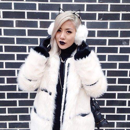How Fashion People Prevent Frostbite #refinery29  http://www.refinery29.com/winter-outfit-ideas#slide-23  Earmuffs are great. Cat-earmuffs are even better....
