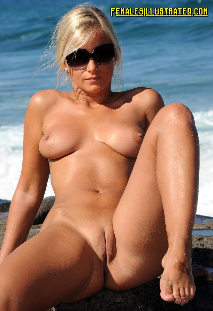 oldmom PureNudism  BDSM Amateur blonde naked on beach flashes shaved pussy and big natural tits.  Women flashing pussies